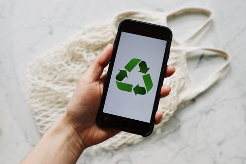 recycle icon on smartphone