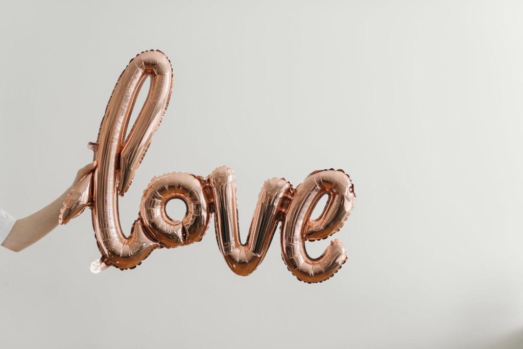 love balloon script